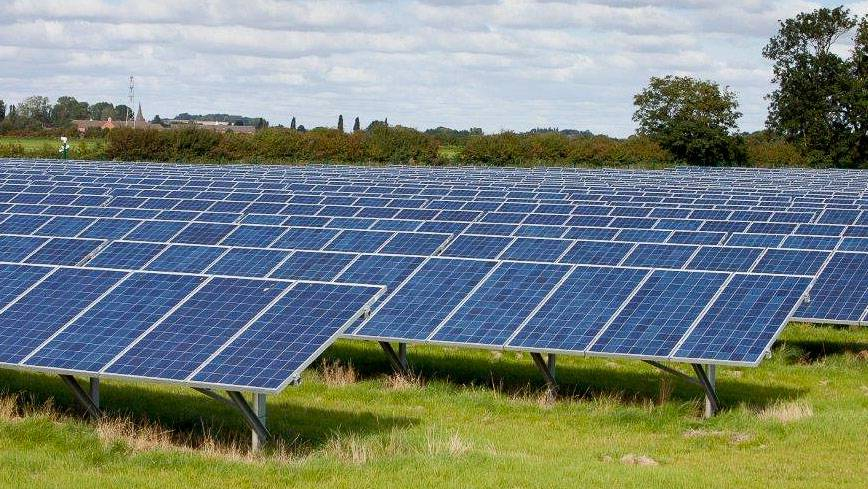Impacts of Operational Solar Farms on Biodiversity: a Review